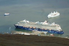 arrival in Longyearbyen together with many cruiseships
